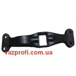Траверса КПП ВАЗ 2121 Нива (4-х ступенч.)