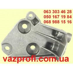 Малый кронштейн двигателя ВАЗ 2190 автомат